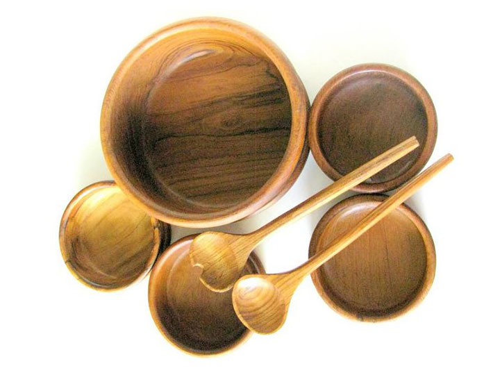 Wood Lathe Projects of Bowls and Cups